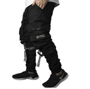 Calça com bolsos laterais masculina